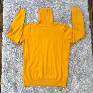 Joseph A. mustard yellow turtle neck long sleeve